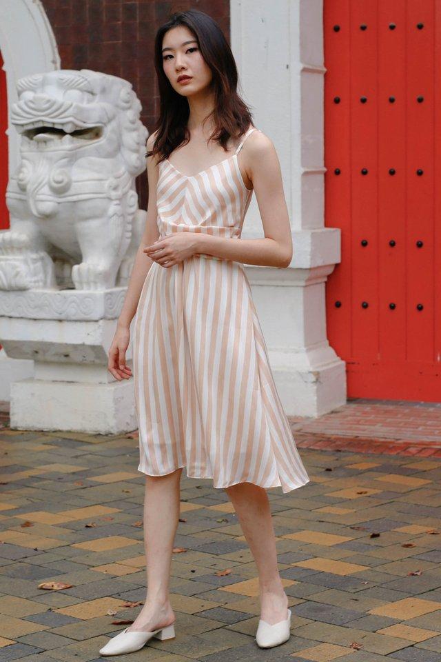 IVIE TWIST FRONT DRESS SUN