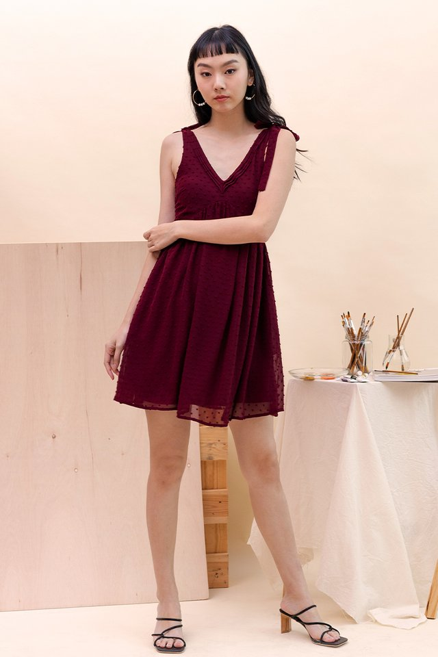 ADRIA SWISS DOT DRESS WINE