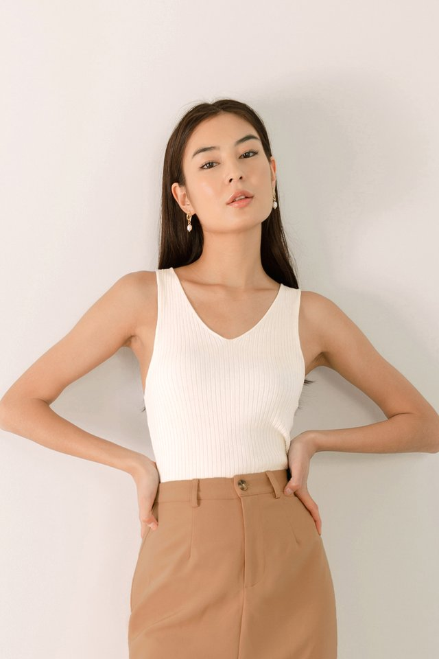 RUMI V NECK KNIT TOP WHITE