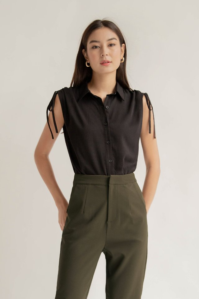 SHILOH RUCHED TOP BLACK